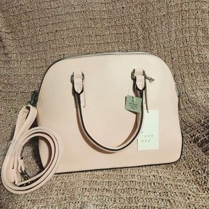 A NEW DAY HANDBAG WITH DETACHABLE CROSSBODY STRAP